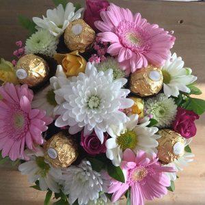 Virágdoboz élő virággal